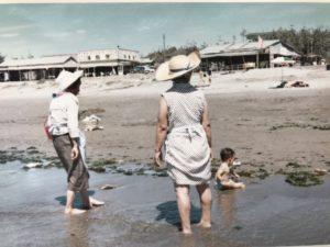 昭和40年代中期の象潟海水浴場